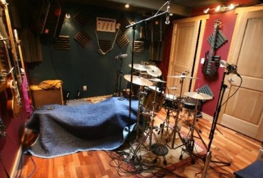 recording kick drum mic placement using a blanket recording tips. Black Bedroom Furniture Sets. Home Design Ideas