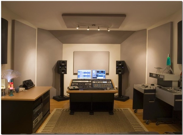 Delicieux Studio Acoustic Treatment