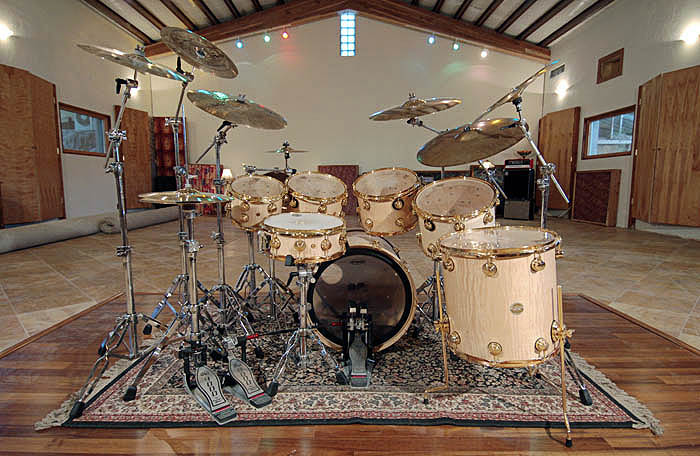 Drums in large studio, How to record drums