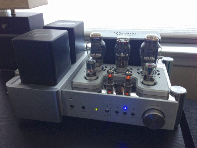 YAQIN tube amplifier, front tubes